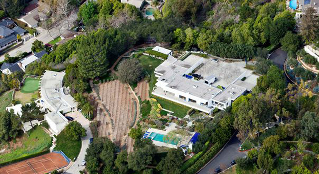 Jennifer Aniston's Sleek $21 Million House in Bel Air