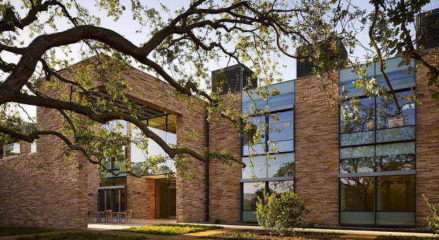 Conrad H. Hilton Foundation Headquarters Conrad H. Hilton Foundation Headquarters capa la homes