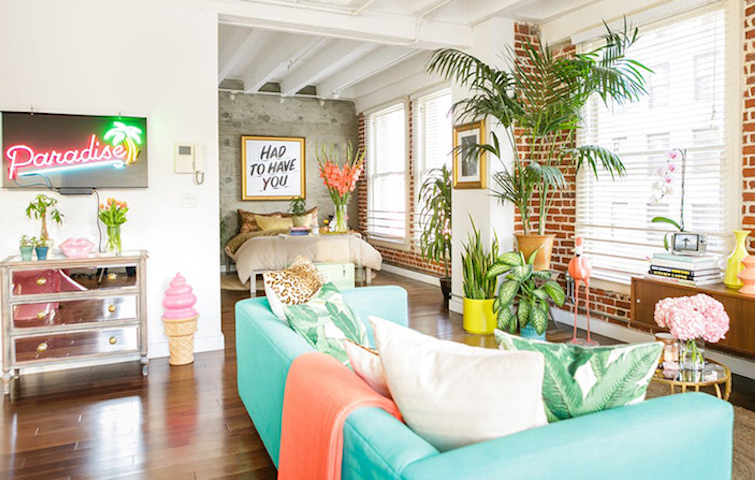 modern interior design The tropical modern interior design of a colorful apartment in LA capa 4 1