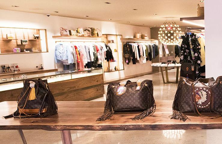Luxury concept boutique Luxury Concept Boutique PERI.A Presents New Collection peri
