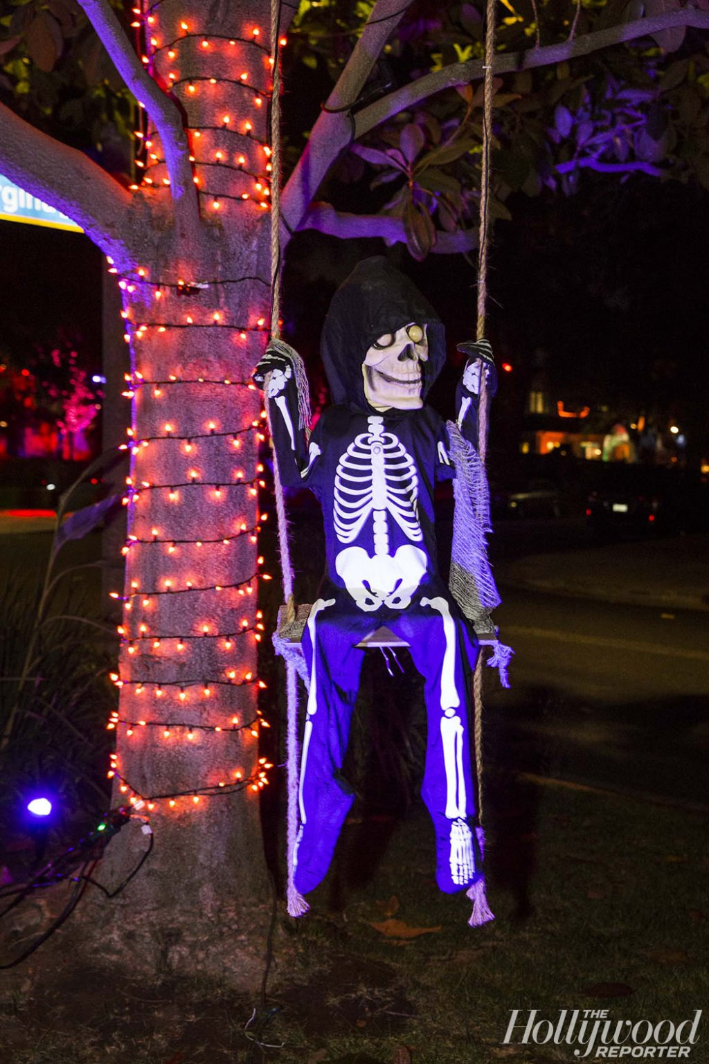 Halloween halloween Halloween Decoration in L.A. Homes THR HalloweenHouses 101616THR HalloweenHouses131