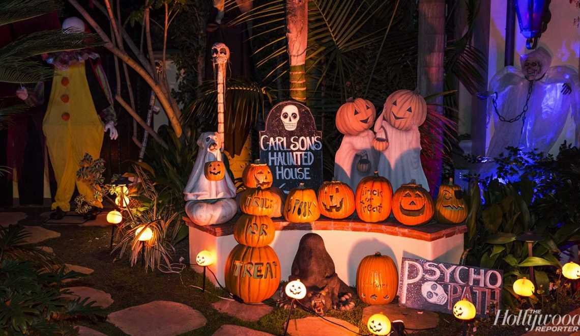 Halloween halloween Halloween Decoration in L.A. Homes THR HalloweenHouses 101616THR HalloweenHouses145 1140x660