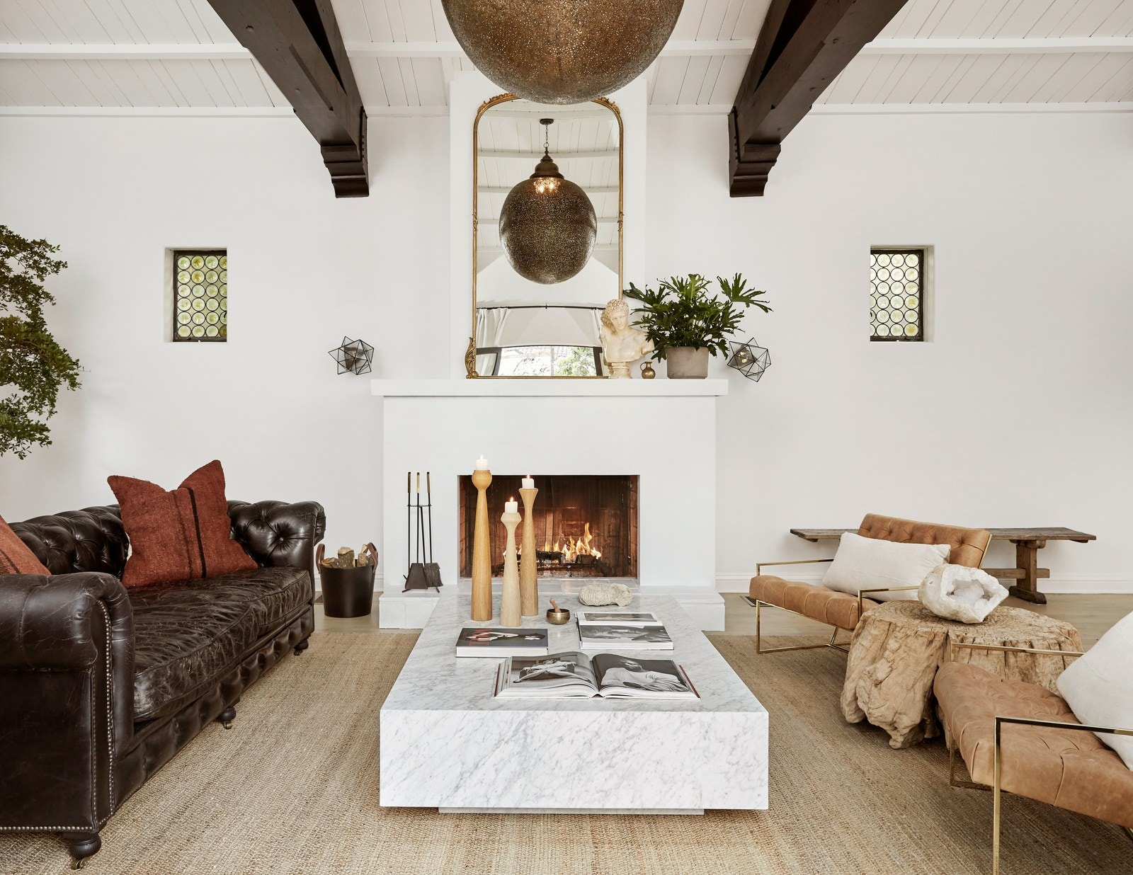 los angeles homes Los Angeles Homes: Meet Shay Mitchell's Redecorated Oasis 5