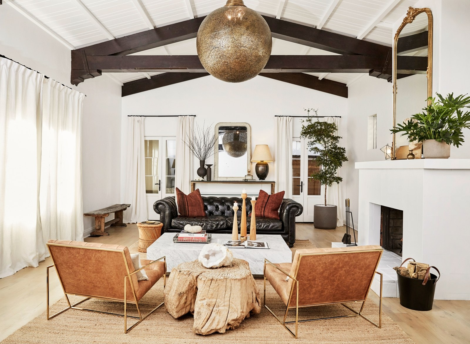 los angeles homes Los Angeles Homes: Meet Shay Mitchell's Redecorated Oasis 6